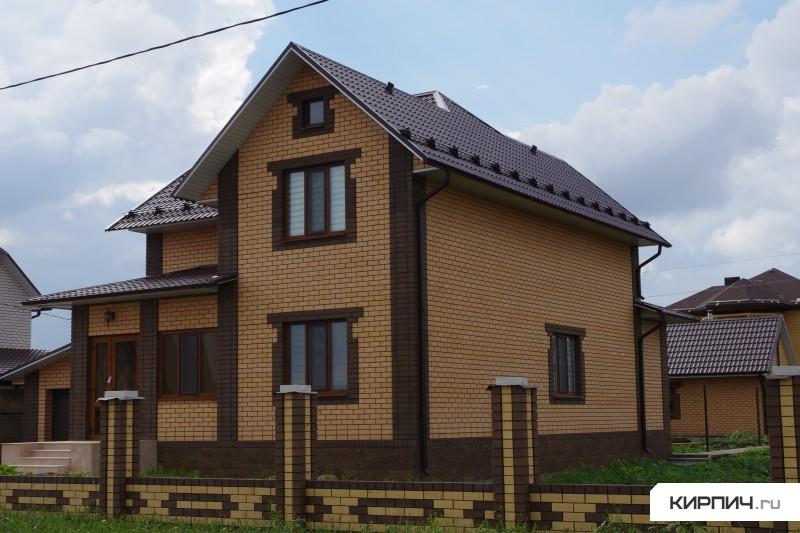 Дома из кирпича цвет солома фото